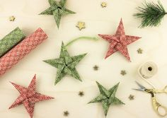 Christmas origami ideas using our beautiful Japanese Chiyogami paper to make festive stars.Visit our stand for tips and techniques on how best to use Chiyogami paper! How To Make Stars, Paper Mache Bowls, Christmas Origami, Origami Stars, Paper Stars, Projects To Try, Sparkle, Shapes, Crafty