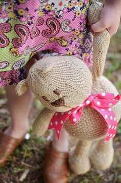 what a cute bear! free knitting pattern
