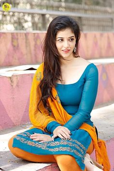 So petty: Indian actress Priyanka Jawalkar beautiful in blue n mustard yellow churidar kameez suit with dupataa n natural makeup. Beautiful Girl Indian, Most Beautiful Indian Actress, Beautiful Girl Image, Beautiful Saree, Beautiful Bollywood Actress, Beautiful Actresses, Beauty Full Girl, Beauty Women, Stylish Girl Images