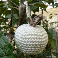Gratis haakpatroon appel sleutelhanger