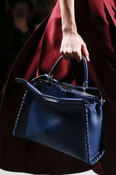 Fendi Spring 2016 Ready-to-Wear Fashion Show - Avery Blanchard Cute Handbags, Beautiful Handbags, Beautiful Bags, Fendi Bag Bugs, Fendi Bags, Fashion Handbags, Fashion Bags, Branded Bags, Handbag Accessories