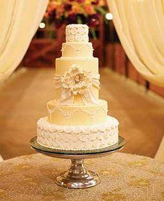 #WeddingCake   Kathy G & Company   Arden Photography   #AlabamaWeddings