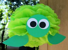 Turtle pom-pom - make animals to match a party theme out of tissue paper pom poms