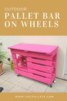 Old Pallets Ideas If you love the pink color, you'll love this outdoor pallet bar. This pallet bar that could be used as … - Image: Pallets-Made-BBQ-Table. Outdoor Pallet Bar, Wood Pallet Bar, Diy Pallet Sofa, Diy Outdoor Table, Diy Pallet Projects, Pallet Furniture, Recycling Projects, Outdoor Furniture, Old Pallets