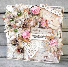 Jeg har lavet et kort til udfordringen  HER.  jeg har brugt det søde House of roses papir som jeg også har brugt til at lave de fleste bloms...