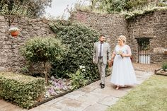 Capturing all the genuine emotion & fun of a wedding day in an unobtrusive way. I'm a Dublin Wedding Photographer who also covers surrounding counties Ireland Wedding, Bridesmaid Dresses, Wedding Dresses, Dublin, Wedding Day, Wedding Photography, Bridesmade Dresses, Bride Dresses, Pi Day Wedding