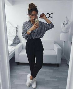 """1,499 Likes, 6 Comments - FASHION, BEAUTY & LIFESTYLE (@trendyontime) on Instagram: """"Dope outfit Photo credit : cocoelif . . . . . #denim #trends #style #fashion #accessories #cool #ig…"""""""