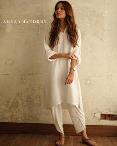 Dream variation Available at our store now. Pakistani Fashion Casual, Pakistani Dresses Casual, Casual Dresses, Punjabi Fashion, Indian Attire, Indian Wear, Indian Outfits, Trajes Pakistani, Pakistani Salwar Kameez