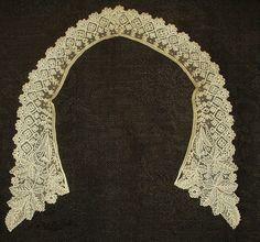Victorian Civil War era handmade Point d Gaz lace lady's collar