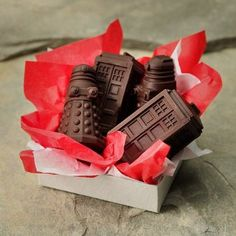 Dr. Who  - Chocolate Doctor Who Tardis and Dalek - Dr. Who Birthday Party Favors