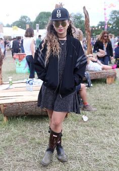 Pin for Later: The Festival Style at Glastonbury Has Never Been Better Ella Eyre