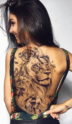 Best Tattoos On The Back That Will Make You Look Stunning; Back Tattoos; Tattoos On The Back; Back tattoos of a woman; Little prince tattoos; Leo Tattoos, Body Art Tattoos, Girl Tattoos, Woman Tattoos, Tatoos, Wrist Tattoos, Lion Woman Tattoo, Flower Tattoos, Lion Tattoo With Flowers