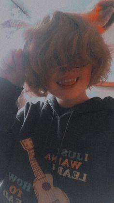 Emo Boy Hair, Goth Hair, Walpapers Cute, Cute Emo, Tomboy Hairstyles, Cute Hairstyles, Cut My Hair, Hair Cuts, Black Brown Hair