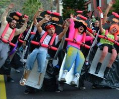Funny pictures about Clever Roller Coaster Costume. Oh, and cool pics about Clever Roller Coaster Costume. Also, Clever Roller Coaster Costume photos. Clever Halloween Costumes, Cool Costumes, Halloween Party, Costume Ideas, Halloween Clothes, Best Costume, Cheap Halloween, Funniest Costumes, Halloween 2014