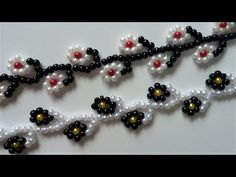 Make an adorable flower bracelet in just a few minutes very fast, fun, and easy craft. These little flowers are perfect for making beautiful homemade jewelry pieces. With just a few items you'll be able to make this colorful and cute DIY bracelets. Diy Jewellery Chain, Diy Jewelry, Beaded Jewelry, Jewelry Making, Jewelry Necklaces, Bracelet Making, Jewelry Ideas, Easy Beading Patterns, Jewelry Patterns