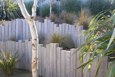 5 Brisk Tips AND Tricks: Vintage Garden Fence fence design posts.Picket Fence How To Make. Backyard Fences, Garden Fencing, Backyard Landscaping, Garden Art, Backyard Kids, Diy Fence, Fence Gate, Landscaping Ideas, Landscape Walls