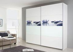 Schrank Soluno 271,0 cm Weiß mit Motiv Stone 8412. Buy now at https://www.moebel-wohnbar.de/schwebetuerenschrank-soluno-271-0-weiss-motiv-stone-und-glaseinlage-8412.html