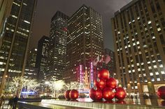 The 8 Best Things To Do In New York City During The Holidays  - ELLEDecor.com