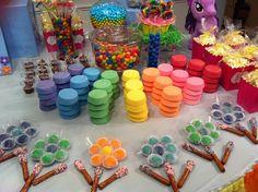 Mil ideias para você produzir uma festa Meu Pequeno Pônei para sua filha! Inspirações para o bolo, os doces, a mesa, tudo o que você precisa providenciar!