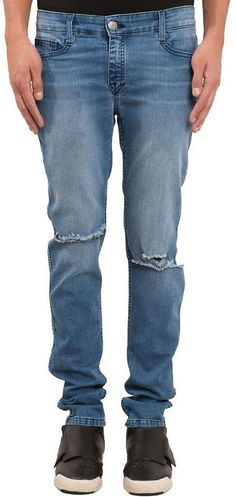 The Elwood BxE Reversible Distressed Skinny Jeans in Blue Zip fly with button closure 5-pocket style Fully reversible skinny fit jean 34″ inseam; 13″ leg opening; 9.5″ front rise; 14″ back rise Machine wash cold 95% cotton, 3% Spandex, 2% elasterell-p Made in USA Brand: Elwood Retailer: Miss-KL Similar Item Here Price : 78.00$