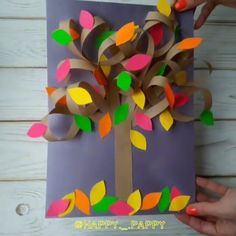 Easy Art and Craft Ideas on Awesome paper tree . Sand Crafts, Vinyl Crafts, Paper Crafts, Diy Paper, Preschool Crafts, Crafts For Seniors, Crafts For Kids, Halloween Crafts To Sell, Christmas Crafts