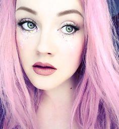 💕 @thedisneylandprincess looking so angelic in #sugarpill Trinket liquid lip color!