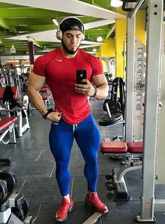 Mens Compression Pants, Gym Guys, Mens Tights, Gym Wear, Modern Man, Super Skinny Jeans, Muscle Men, Mens Fitness, Sexy Men
