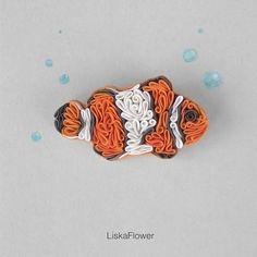 Купить Брошь Рыбка-клоун из полимерной глины - рыжий, белый, рыбка, брошь рыбка