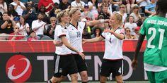 In der WM-Qualifikation gewannen sie bereits jedes Spiel. Die deutschen Fußballfrauen lassen zum Auftakt der Weltmeisterschaft in Kanada keinen Zweifel aufkommen, dass sie den WM-Titel zum dritten Mal wollen. Was macht die Spielerinnen, die schon acht Mal Europameister wurden, von Anfang an so stark?