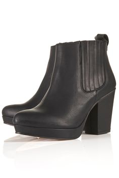 AHH! I really want the ALEXY Platform Chelsea Boots from Topshop!! #Topshop