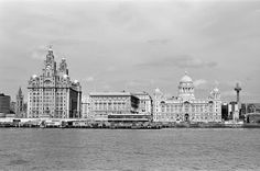 Liverpool Picturebook a site featuring a collection of old photographs and pictures of Liverpool, and Liverpool History, updated regularly. The history of Liverpool in Pictures Liverpool History, Liverpool Street, Southport, Old Photos, Big Ben, Paris Skyline, Taj Mahal, The Past, Louvre
