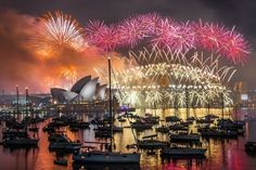 """""""Sydney Fireworks"""" by NFphoto 