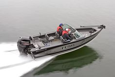 The Lund 1775 Crossover XS is an aluminum fishing boat that is a hybrid fish and skiing boat, creating an extremely versatile boat that is near 18 feet long. Fish And Ski Boats, Aluminum Fishing Boats, Lund, Crossover, Skiing, Dreams, Audio Crossover, Ski