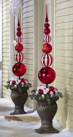 Red & White Christmas Ornament Ball Finial Topiary Stake