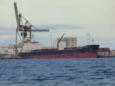 Puerto de Las Palmas. Gran Canaria     : BALTIC WAVE Petrolero de Productos Petrolíferos en...