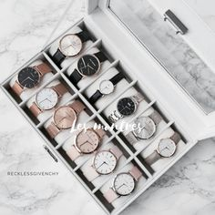 New post on as-hed accesories jewelry Trendy Watches, Elegant Watches, Cute Jewelry, Jewelry Accessories, Fashion Accessories, Accessoires Iphone, Accesorios Casual, Fashion Watches, 90s Fashion