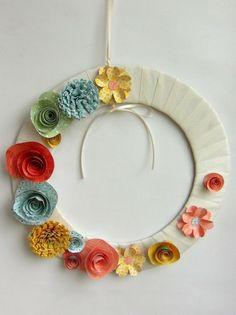 """Kreativ-Set """"Frühlingskranz""""  Das Kreativset kannst Du bei mir für 8,50 € kaufen. Bei Interesse melde Dich einfach bei mir: erika.druschba@web.de oder Tel: 06031/696889."""
