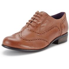Clarks Hamble Oak Leather Tan Brogues (€70) ❤ liked on Polyvore featuring shoes, oxfords, genuine leather shoes, brogue shoes, fleece-lined shoes, tan leather brogues and clarks shoes