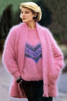 27 Woman Sweaters For Teens – Fashion New Trends Vintage Fur, Vintage Knitting, Vintage Sweaters, Wool Sweaters, Sweater Layering, Sweater Set, Teen Fashion, Fashion Outfits, Fuzzy Coat