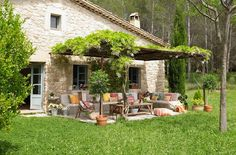 INSPIRÁCIÓK.HU Kreatív lakberendezési blog, dekoráció ötletek, lakberendező tanácsok: Szép kertek- nyárvégi kerti álmodozás