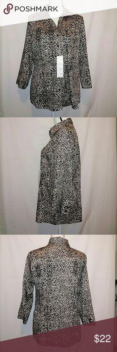 COMO stretch animal print button front blouse XL New with tags Como stretch animal print blouse. Button-front with 3/4 sleeves. Size XL. 97% cotton 3% spandex. COMO stretch Tops Blouses