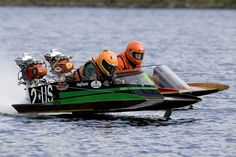 hydroplane racing / vintage outboard