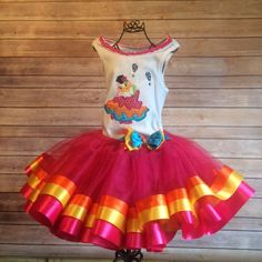 Fiesta or Cinco de Mayo Daisy Duck Tutu Costume - pinned by pin4etsy.com