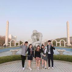 Mode Ulzzang, Ulzzang Korea, Ulzzang Girl, Ulzzang Fashion, Korean Fashion, Boy Squad, Korean Best Friends, Photo Action, Face Swaps