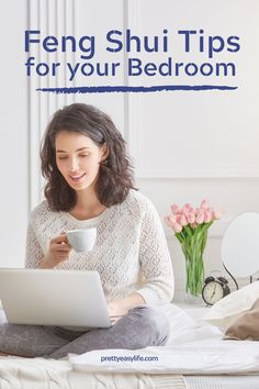 Feng Shui tips to add good energy in your bedroom Create your sanctuary bedroom with Feng Shui tips Feng Shui Your Bedroom, How To Feng Shui Your Home, Feng Shui House, 5 Feng Shui Elements, Feng Shui Colours, Creating Positive Energy, Decorating Small Spaces, Interior Decorating, Decorating Ideas