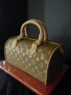 #Designer-Bag-Hub com discount Louis Vuitton Handbags for cheap, 2013 latest LV handbags wholesale,  cheap LV purses online outlet, free shipping cheap Louis Vuitton handbags #bags #fashion