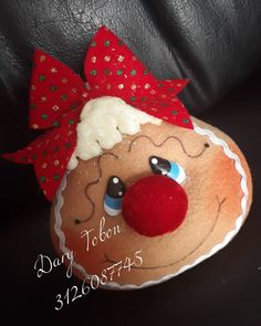 Gingerbread Decorations, Gingerbread Man, Gingerbread Cookies, Christmas Decorations, Christmas Ornament Crafts, Kokeshi Dolls, Christmas Time, Boy Or Girl, Pattern