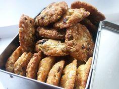 Μπισκότα με νυφάδες βρώμης και κανέλλα