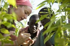 Our Best Diplomats: Women in the Peace Corps  Women are now the majority of Peace Corps volunteers. Here's how they've been uniquely committed to international work      Read more: http://ideas.time.com/2012/03/19/our-best-diplomats-women-in-the-peace-corps/#ixzz1wnz5tUq2