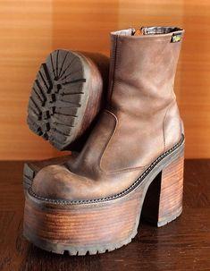 ff92657929b BUFFALO high platform booties 90 s Club Kid Grunge Gothic 90s boots vintage  killler brown boots chunky clubkid platform goth retro steampunk